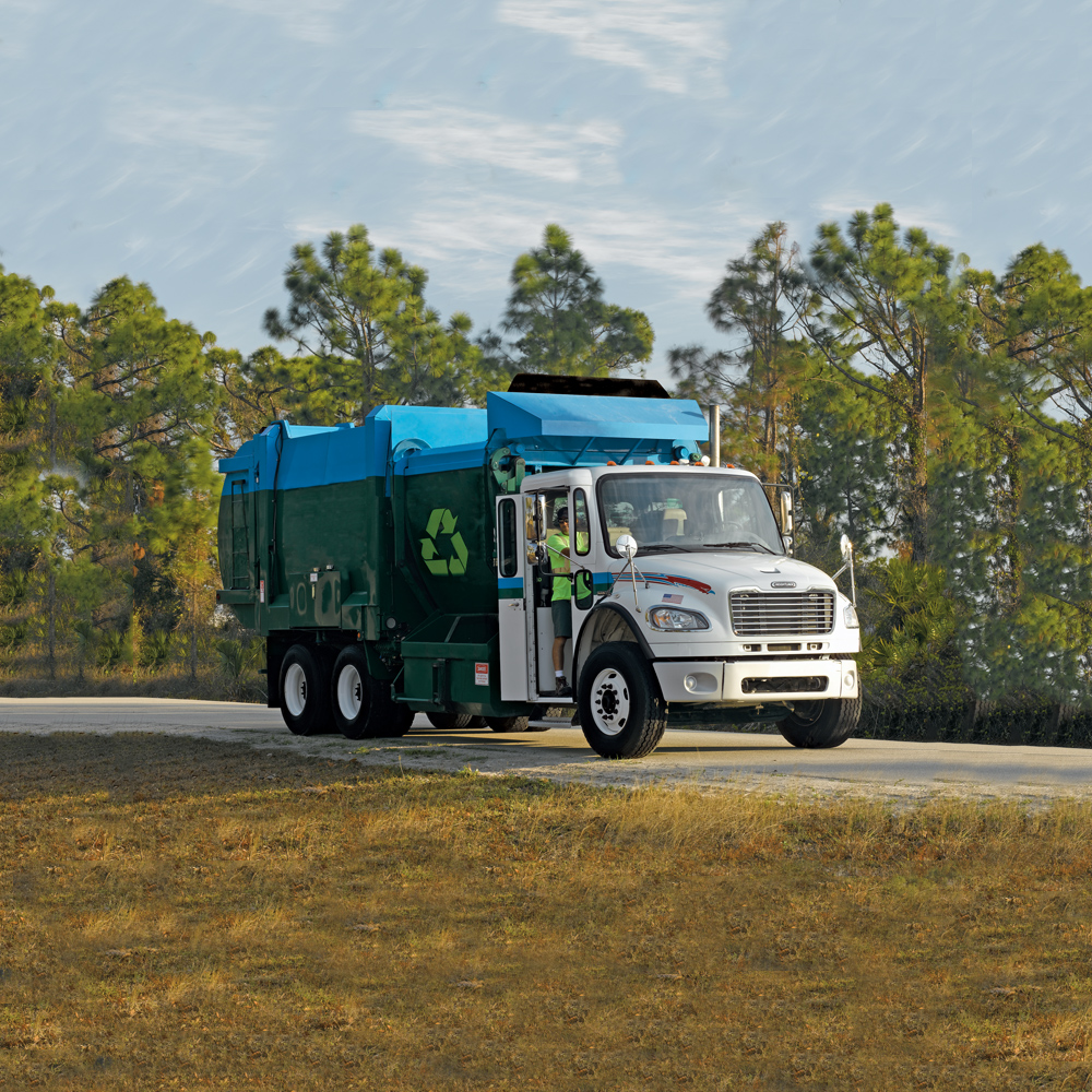 Freightliner Recycling Truck