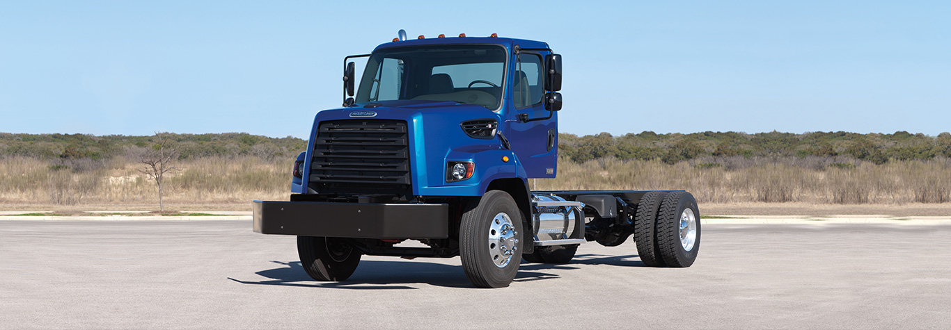 Freightliner 108SD Day Cab