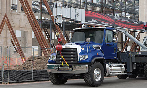 114sd vocational crane 500x300 the vocational, severe duty 114sd freightliner trucks 2016 freightliner 114sd fuse box location at gsmx.co