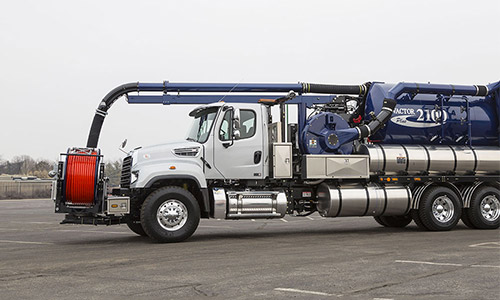 Freightliner 114SD Sewer and Vacuum V2